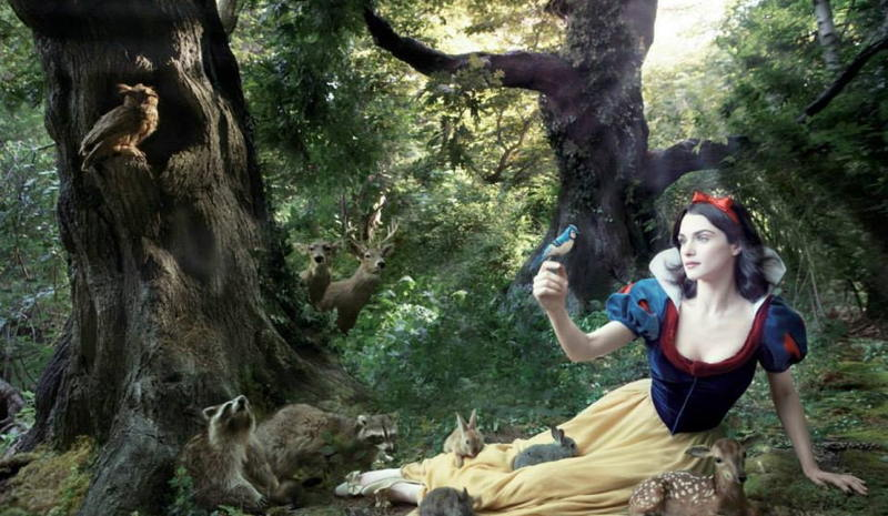 Rachel Weisz as Snow White - From Facebook / Moon Costumes